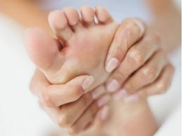 Avoid Gout Attacks By Limiting Alcohol and Eliminating Stress